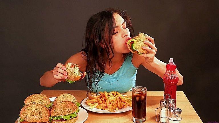 Ăn uống thiếu khoa học cũng là nguyên nhân gây bệnh