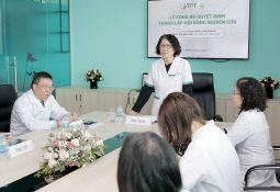 Bác sĩ Tuyết Lan chia sẻ tại Hội đồng