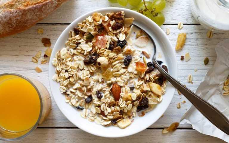 Ngũ cốc giúp quá trình tiêu hóa diễn ra tốt hơn do đó cũng là gợi ý của câu hỏi bà bầu đau dạ dày nên ăn gì