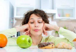 Người bị ợ hơi nên ăn gì, kiêng gì để nhanh khỏi nhất?