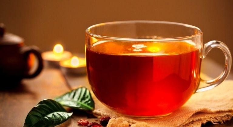 Trà cam thảo giúp cải thiện triệu chứng viêm loét dạ dày hiệu quả.