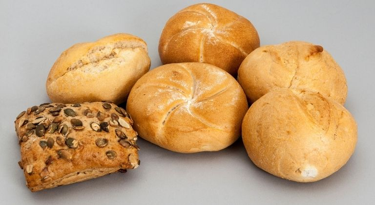 Những loại bánh mì thích hợp để sử dụng
