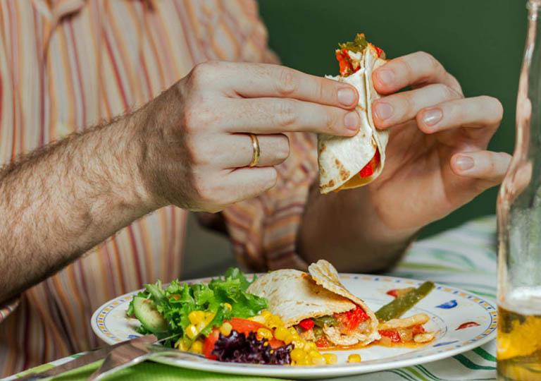 Chế độ dinh dưỡng đóng vai trò quan trọng với sức khỏe của bệnh nhân