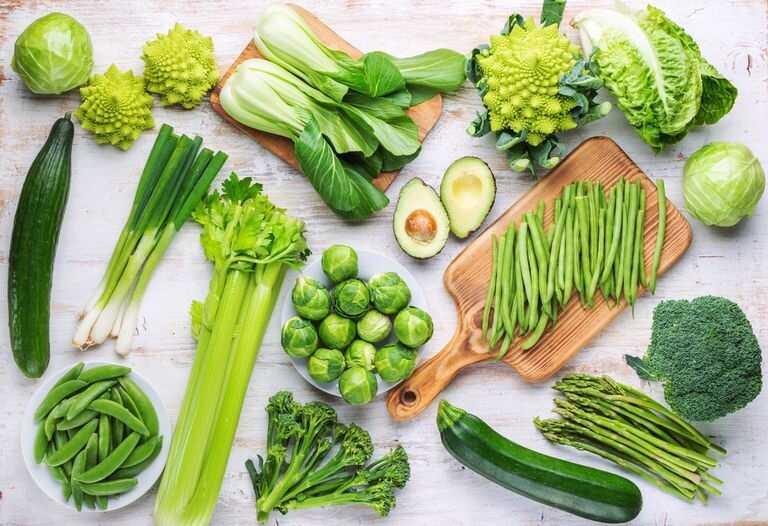 Rau xanh giàu chất xơ, vitamin, khoáng chất