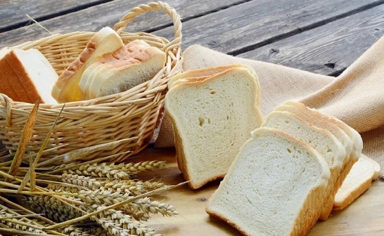 Bánh mì trắng giảm đau dạ dày rất tốt