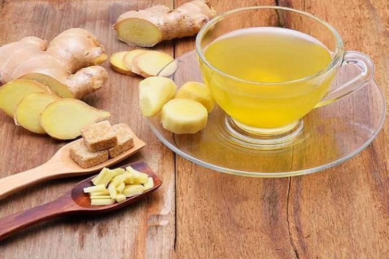 Uống trà gững mỗi ngày có thể làm dịu cơn đau thượng vị đồng thời cải thiện sức khỏe rất tốt
