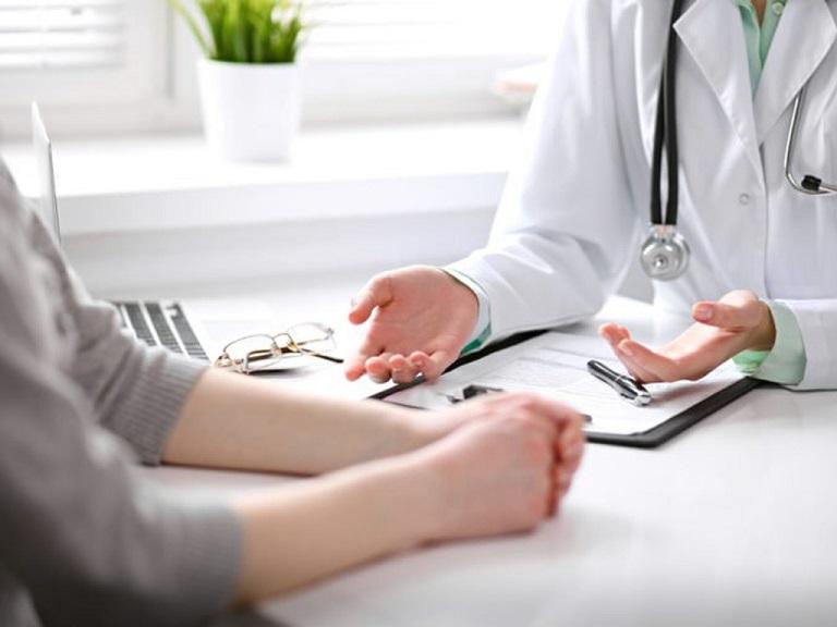 Nên đi tái khám định kỳ để kiểm tra tình trạng đau dạ dày